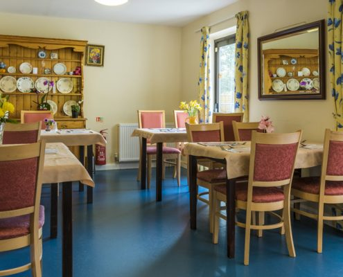 Dining room at Fourways Residential House Nursing Home in Sandhurst, Berkshire